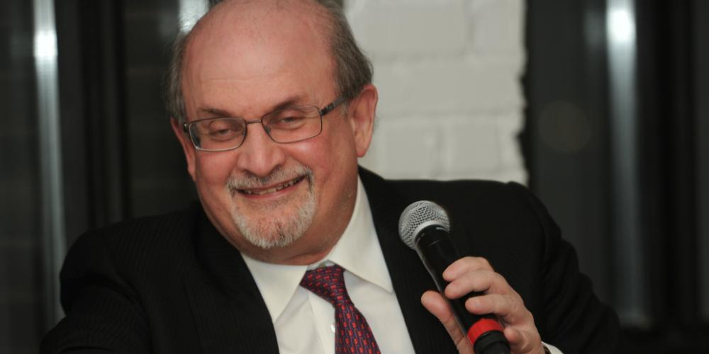 Salman Rushdie at the 2017 PEN Canada Gala